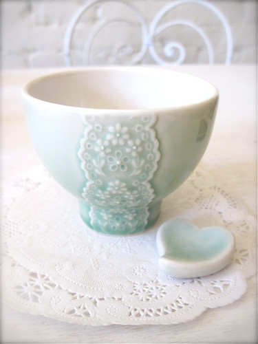 Shiny Green Porcelain Lace Bowl