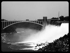 Rainbow Bridge (ConstantinAB) Tags: usa america buffalo wasser wasserfall niagara falls nia amerika wasserflle orcafilter