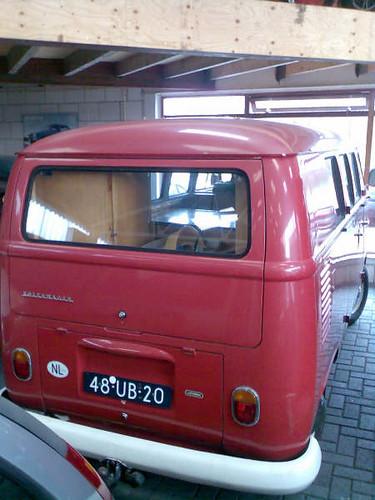 "48-UB-20 Volkswagen Transporter kombi 1964 • <a style=""font-size:0.8em;"" href=""http://www.flickr.com/photos/33170035@N02/8699944754/"" target=""_blank"">View on Flickr</a>"