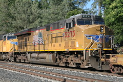 Union Pacific #5273 (GE C45ACCTE) in Colfax, CA (CaliforniaRailfan101 Photography) Tags: up amtrak unionpacific priority ge freight bnsf reefer manifest emd californiazephyr burlingtonnorthernsantafe dash9 dpu es44dc gevo sd70m amtk c449w stacktrain sd70ace es44ac colfaxca c45accte p42dc trackagerights es44c4 tietrain sd59mx unitreefer zdlsk trainsincolfaxca