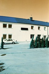 Gewerbegebiet Sd, Eschborn, HE (Jickatrap) Tags: pentaxmz50 pentax 35mm  analog film  filmphotography lomochrome lomochrometurquoise architecture     suburbia    photographersontumblr urbanlandscape newtopographics  eschborn