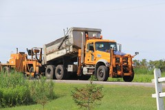 NYSDOT Manheim (3) (RyanP77) Tags: nysdot newyorkstatedepartmentoftransportation international mack granite plow snowplow snow larue blower dump truck dot new york viking cives henderson trucks trucking removal equipment