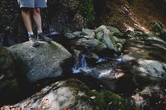rochers (petuulia) Tags: rocks rochers casacde pyrnes randonne mountains montagne feet shoes legs chaussures waterfall water eau nature beautiful holidays vacances amoureux love walking
