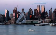 Sunset on west Manhattan_4755 (ixus960) Tags: nyc newyork america usa manhattan city mgapole amrique amriquedunord ville architecture buildings nowyorc bigapple