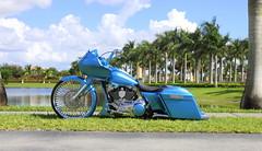 Harley (SideWalk Custom) Tags: miami deluxe harley harleydavidson rims softail cartel 305 roadking baggers roadglide streetglide ciber21 sidewalkcustom roadgilde cartelbaggers