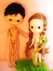 Adam and Eve and the wubba (robotvincemary) Tags: blythe adamandeve wubba marymasm