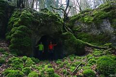 - Abri sous roche dans une doline rocheuse - (Chris **photographie**) Tags: franchecomt doubs rocheuse doline fertans