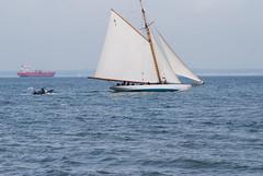 Mariquita - Westward Cup Cowes June 2012 (wightbern) Tags: sea nikon sailing sails isleofwight solent regatta cowes gaff mariquita classicyachts d40x westwardcup westwardcup2012