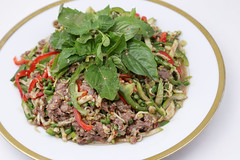Plear Sach Ko (Spicy Beef Salad) (Sotitia Om Photography) Tags: food chicken breakfast canon photography foods cambodia southeastasia flickr chili khmer rice sauce beef cucumber potato foodporn ko phnompenh spicy sach dslr asianfood fried mints photooftheday kampuchea larb laab phlear instagram plearsachko