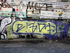 Graffiti in Tokyo 2016 (kami68k []) Tags: tokyo 2016 graffiti illegal bombing tag tags tagging handstyle handstyles rizot