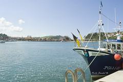 Barco en la costa asturiana (Noelia Deosdad) Tags: sea boat water beach playa mar agua barco marinero paisage scapeland puerto espaa spain asturias cabo viaje travel