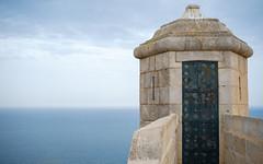 Torre Vigiando al mar (Sb's Place) Tags: alicante bateau chateau eau mer nature paysage tour travel voilier voyage voyageavecdespotes voyages zen alacant comunidadvalenciana espagne europe