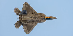 "lockheed martin/boeing f-22a raptor (Matt ""Linus"" Ottosen) Tags: lockheedmartin boeing f22a f22 raptor 94thfightersquadron 94th fighter squadron hatintheringgang hatinthering hat ring gang davismonthanairforcebase davismonthan dm tucson arizona nikon d7000"