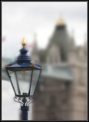 Il lampione (Maulamb) Tags: lampione towerbridge londra