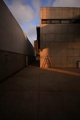 escala escada (Vitor Nisida) Tags: sãopaulo sp sampa cidade urbana urban arquitetura architecture archshot paulomendesdarocha leme galeria galerialeme brutalismo modernismo