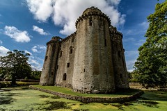 Nunney Castle (21mapple) Tags: nunneycastle nunney castle englishheritage eh england somerset clouds canon750d canon canoneos750d canoneos moat ruins