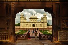Baby Taj (PiccolaSayuri) Tags: agra babytaj india sunset rajasthan haryana uttarpradesh madhyapradesh delhi mandawa bikaner jaisalmer jodhpur udaipur jaipur fathpursikri gwalior orchha khajuraho varanasi incredibleindia hindu temples forts colours people faces