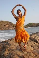 South Actress SANJJANAA Photos Set-6-Mahanadi Clips (6)