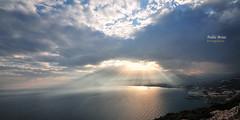 (315/16) ... Y el cielo se abri para dar paso a la luz (Pablo Arias) Tags: pabloarias photoshop nxd cielo nubes texturas mar mediterrneo agua morrodetoix calpe alicante comunidadvalenciana