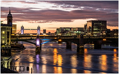 The new day begins in London town... (kevingrieve610) Tags: thames dawn depthoffield flickr fujifilm autumn 2016