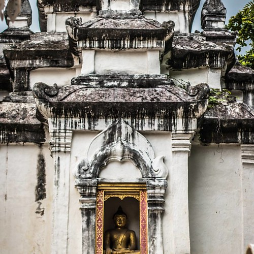 Exploring around Chiang Mai, Thailand for a day and found some hidden gems around the city.
