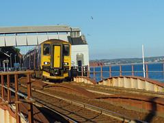150221 & 153372 Dawlish (13) (Marky7890) Tags: gwr 150221 class150 sprinter 2t24 dawlish railway station devon train 153372 class153 supersprinter
