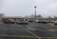 Drug Mart and Goodwill in Elyria, Ohio (Nicholas Eckhart) Tags: ohio food retail discount fair drug stores goodwill 2012 mart elyria