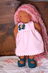Rossa what are you hiding? (Fig & Me) Tags: pink toy doll handmade stripes boneca mueca poupe pinkstripes popje lalki ningyou stoffpuppe naturaldoll figandme naturalclothdoll