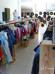 """EkoCenter Irún Emaús (Grupo Emaus Fundación Social) Tags: del vintage moda libros bien bazar muebles pobreza reciclaje textil fundación emaús upcycling reutilización """"grupo traperos """"segunda sentido"""" social"""" mano"""" común"""" responsable"""" """"economía domicilio"""" """"consumo solidaria"""" """"tiene emaús"""" """"emaús """"recogidas circular"""" """"ekocenterekoshop"""" """"irúndonostiaamaraarrasateavilésgijón"""""""