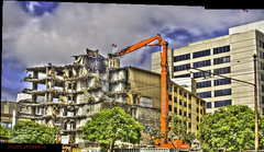Farewell to Del Webb's Townhouse/Trinity Apartments (Walker Dukes) Tags: sanfrancisco california sfbayarea blue sky white clouds highrise buildings concrete urban cityscape landscape red orange crane yellow curtains green trees canon canons95 hdr hdrpanorama highdefinitionresolution highdefinition color construction site photomatix photoshop photograph demolition