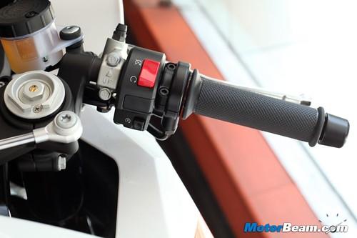 KTM-RC8R-India-02
