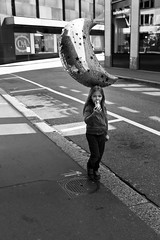 shiny balloon (gato-gato-gato) Tags: street leica city bw white black blanco monochrome digital 35mm person schweiz switzerland flickr noir suisse strasse zurich negro streetphotography pedestrian rangefinder human april monochrom zrich svizzera rathaus altstadt sonne weiss zuerich blanc manualfocus schwarz ch innenstadt onthestreets passant m9 lindenhof zri mensch sviss  feierabend zwitserland montag isvire zurigo sechseluten nachmittag fussgnger manualmode zueri sechselaeuten strase kantonzrich schsilte festtag hochschulen   kreis1 leicasummiluxm35mmf14asph manuellerfokus gatogatogato zrichkreis1lindenhof fusgnger leicam9 leicasummiluxm35mmf14 gatogatogatoch wwwgatogatogatoch