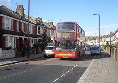 route 67 - last day with Go-Ahead (wirewiping) Tags: buses 67 tfl londonbuses londongeneral goahead