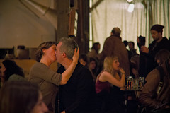 Le baiser du Comptoir Gnral (JavCarCiv) Tags: woman man paris france night evening noche mujer kiss couple pareja femme romance passion soire nuit beso hombre homme baiser pasin velada comptoirgeneral
