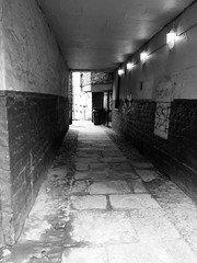 ALLEYWAY1 (Davesuvz) Tags: old england bw black english stone blackwhite alley cottage backstreet cobble alleyway cobbles