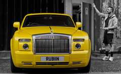 london yellow amarillo rolls phantom royce coupé drophead