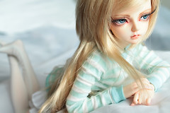 Can't Stop (CrescentBunny) Tags: ball asian doll bjd fairyland abjd jointed mnf 2013 minifee nanuri