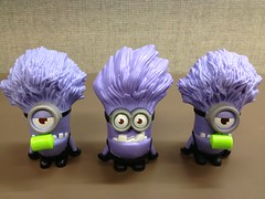 Minion Madness at McDonald's (McDonaldsCorp) Tags: food fun toys restaurant mcdonalds happymeal gru minions dm2 mcds mcdonald's happymealtoys animatedmovie despicableme despicableme2