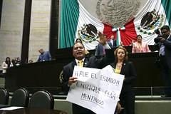 IMG_4878 (Fotografa GP-PRD LXIII) Tags: cmara camaradediputados cmaradediputados lxiii lxiiilegislatura legislatura gpprd prd tomasoctaviano elidacasteln ayotzinapa protesta pleno