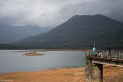 Evening Chat (Deepu Cyriac) Tags: mannarkkad palakkad kerala dam kanjirapuzhadam kanjirapuzha nature landscape travel westernghats