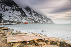 "cast away (Federico ""Jger"" Serafini) Tags: norvegia lofoten ghiaccio rocce rocks norway aurora boreale northern light clouds nuvole sea spiaggia long exposure"