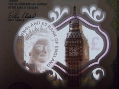 Big Ben and the new £5 note (XopherD) Tags: £5 fiver bankofengland bigben parliament