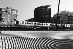 Hafencity Black&White (timo_holinka) Tags: hamburg hafencity hochbahn schwarzweiss nikon d3200