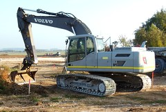"""Pelle hydraulique sur chenilles VOLVO """"STAG"""" (xavnco2) Tags: longueau somme picardie france engin chantier plant equipment pelle excavatrice chenilles volvo crawler shovel excavator"""