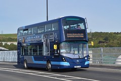 35138. SM65 LND: First South Yorkshire (chucklebuster) Tags: sm65lnd first south yorkshire wright streetdeck blackburn meadows way steel link