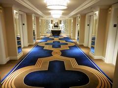 The Venetian Las Vegas (kenjet) Tags: hotel lv vegas lasvegas thestrip lasvegasstrip venetian venetianhotel vacation weekend travel hallway hall carpet pattern blue gold