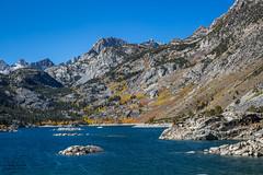 Lake Sabrina (MC_9309) (matxutca (cindy)) Tags: outdoors easternsierras fall leaves nature fallcolors foliage mountains rockformations