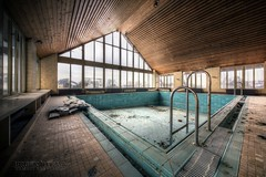 (satanclause) Tags: verlassene swimmbad oputn bazen abandoned swimming pool germany hdr urbex hotel