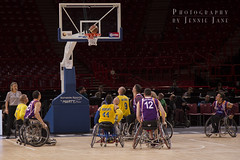 Coupe de France de Basket Fauteuil  Bercy, vendredi 3 mai 2013 (JennieJaneWorld) Tags: paris france sport de photographie basket parquet contact handicap bercy coupe fauteuil niveau panier haut balle joueur championnat meaux handicap comptition joueurs hyres handisport handicaps basketeur basketeurs basketteurs