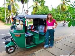 "un tuktuk Mexa! • <a style=""font-size:0.8em;"" href=""http://www.flickr.com/photos/92957341@N07/8750587862/"" target=""_blank"">View on Flickr</a>"